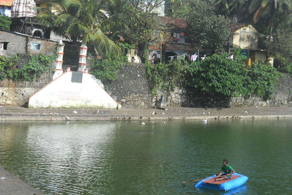 Banganga Tank in Mumbai - a place associated with an epic legend