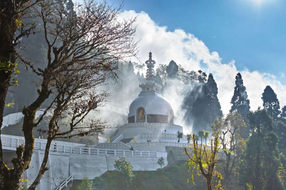 Darjeeling heritage walk: places that offer the best of this hill station
