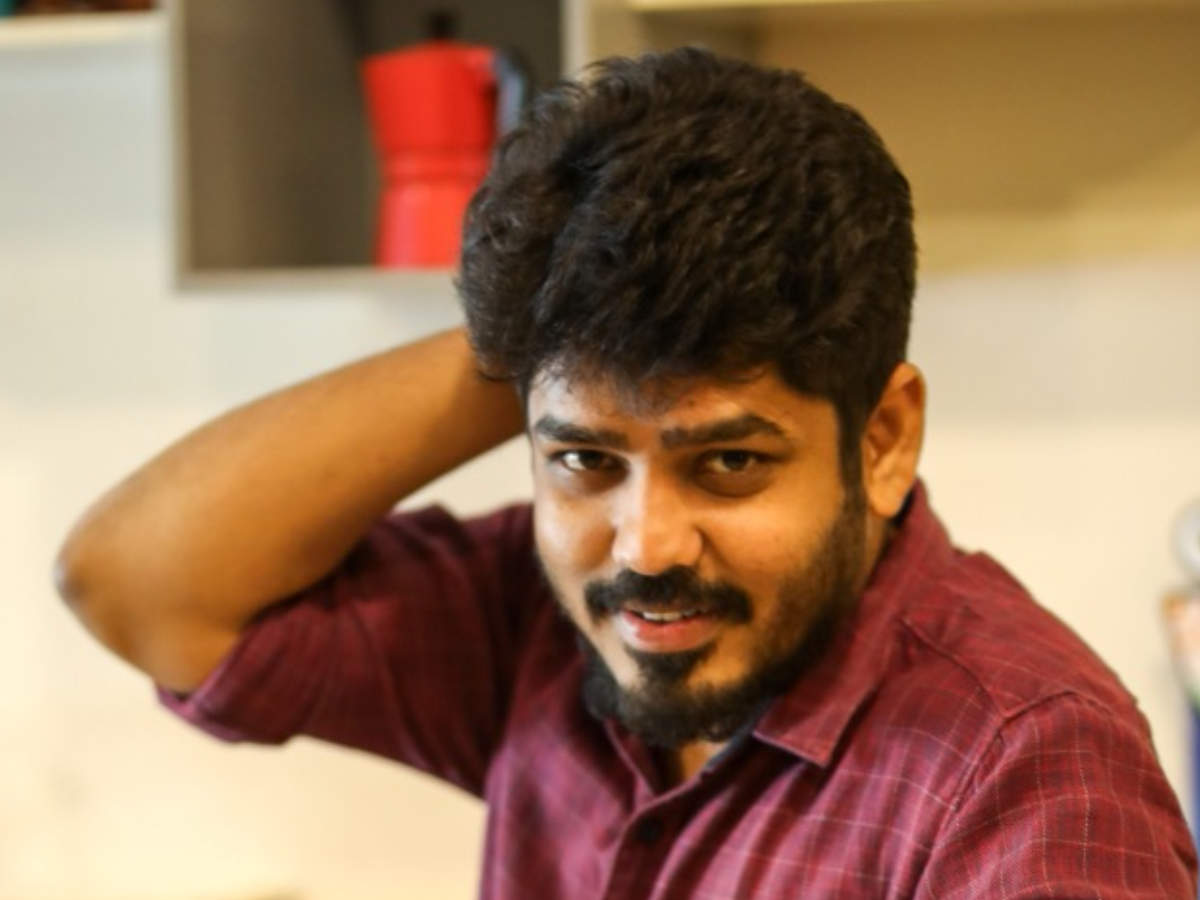 Vignesh Karthick to direct the sci-fi he's scripted | Tamil Movie ...