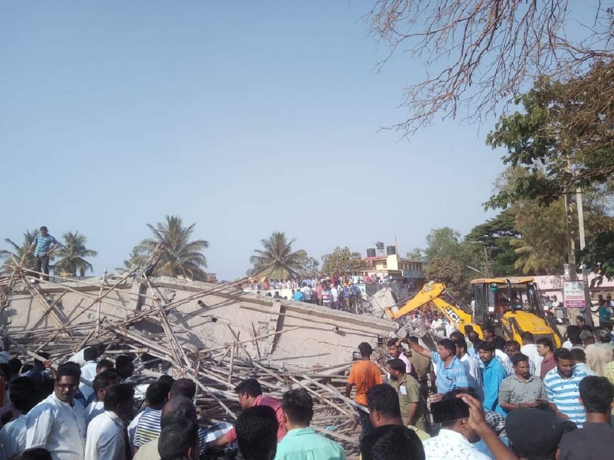 Under construction Karnataka builds down 2 killed 70 locked up