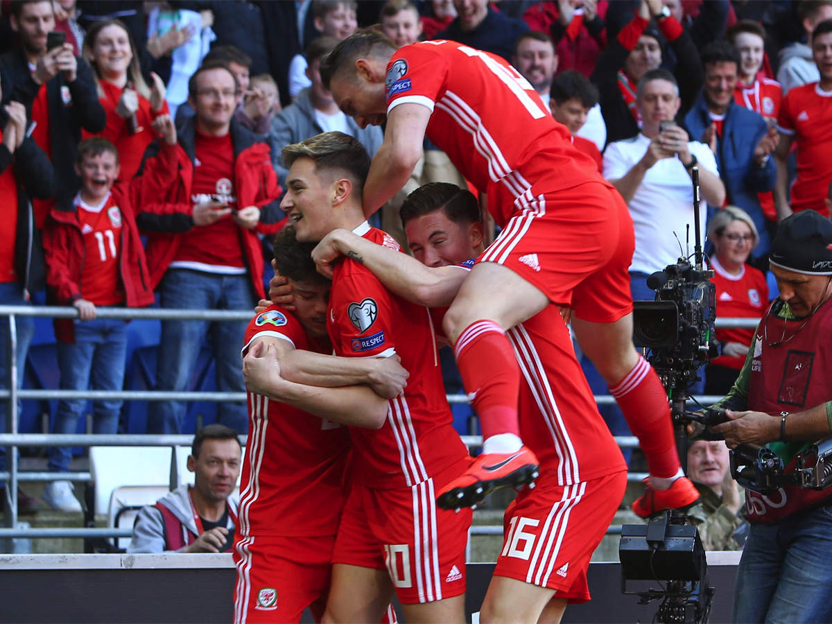 James scorcher gives Wales a 1-0 win over Slovakia