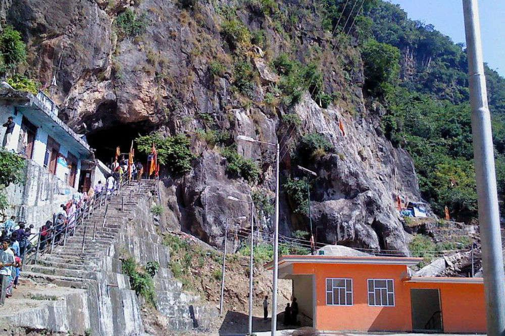 Trekking to Shiv Khori near Vaishno Devi where the demon Bhasmasura was killed