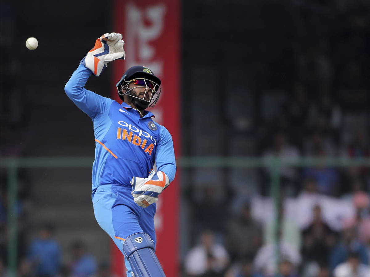 india-world-cup-team-2019-bcci-announces-15-member-squad-dinesh-karthik-makes-the-cut