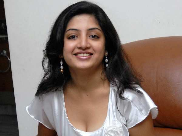 Poonam Kaur files a complaint with cyber crime department