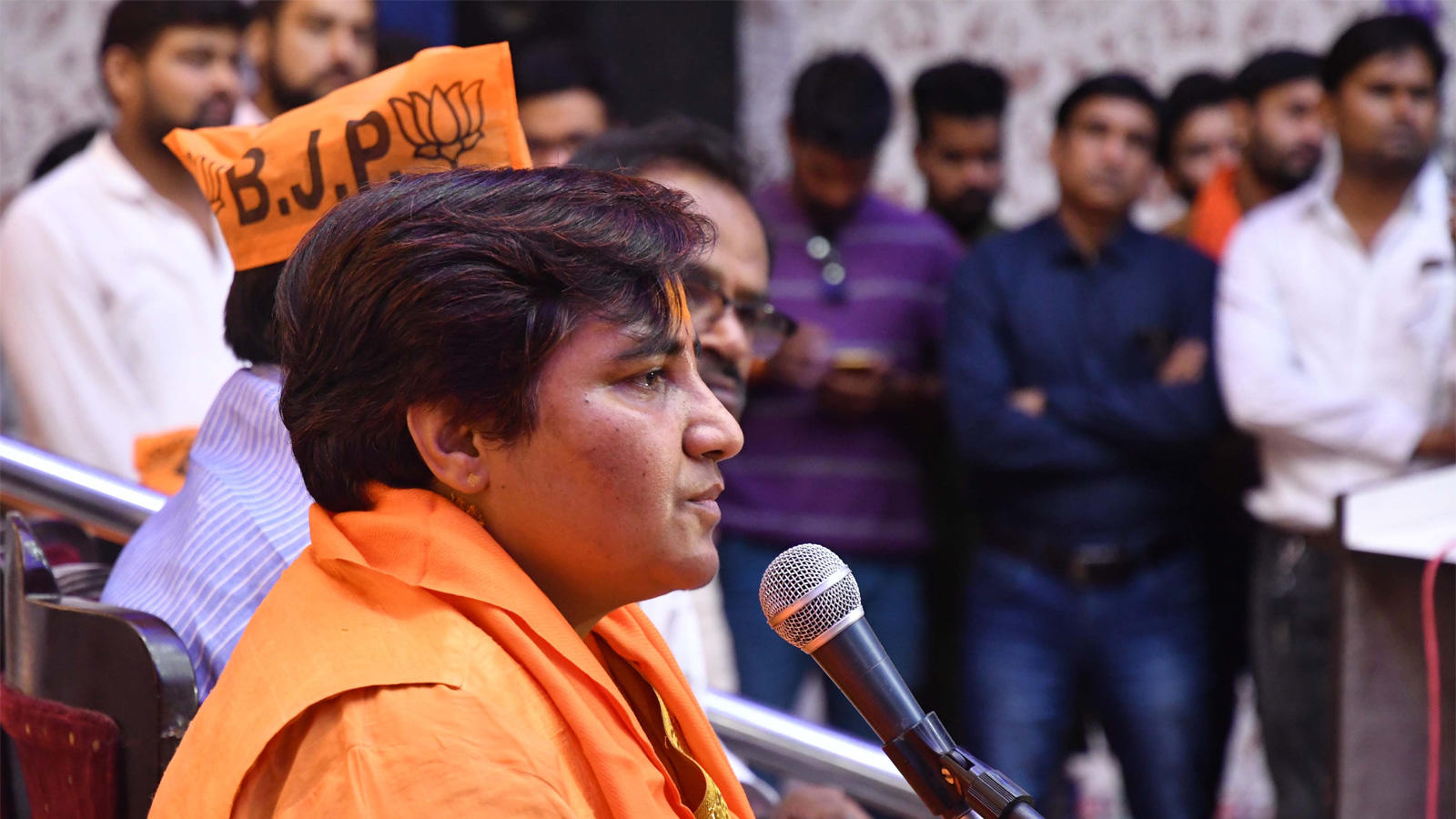 bjp-distances-itself-from-remarks-of-sadhvi-pragya-singh-thakur-on-hemant-karkare