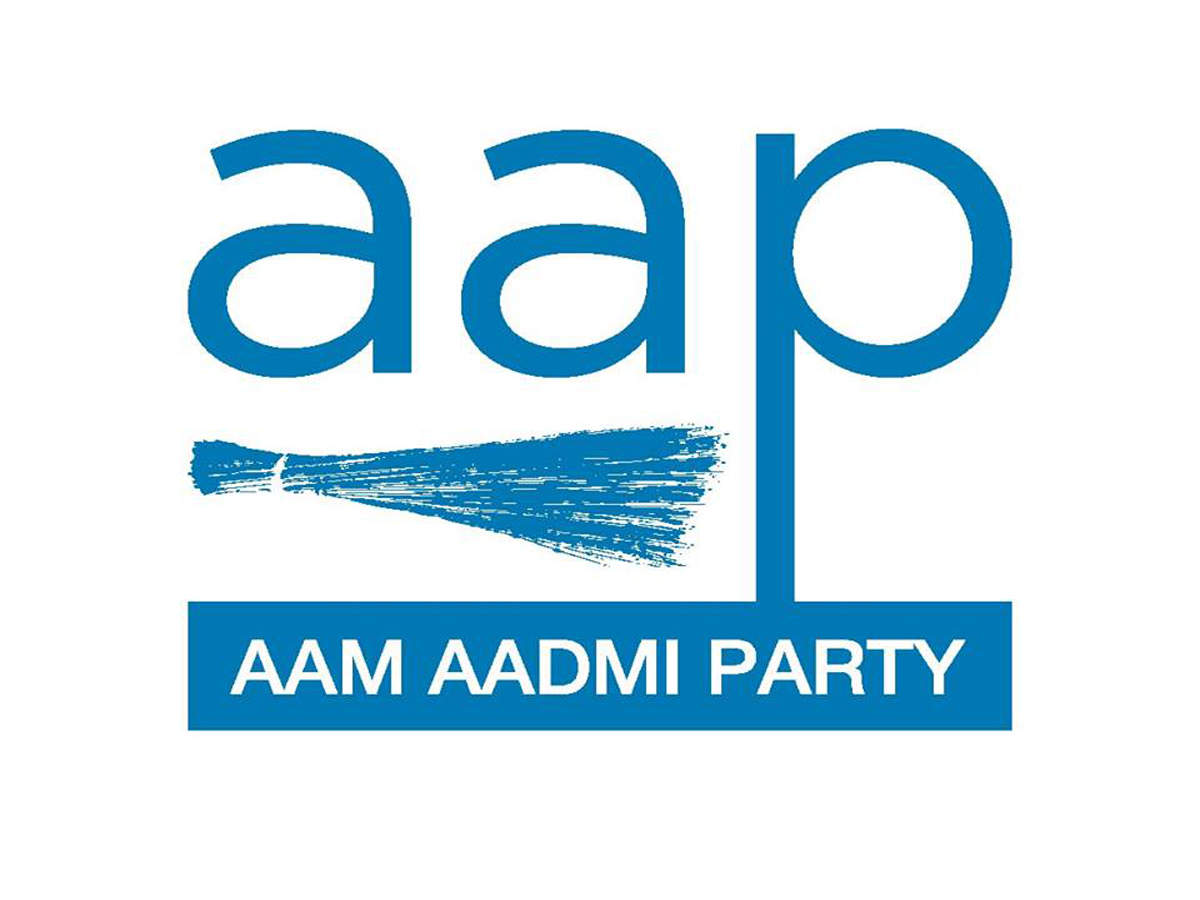 AAP names Naveen Jaihind for Faridabad, completes its