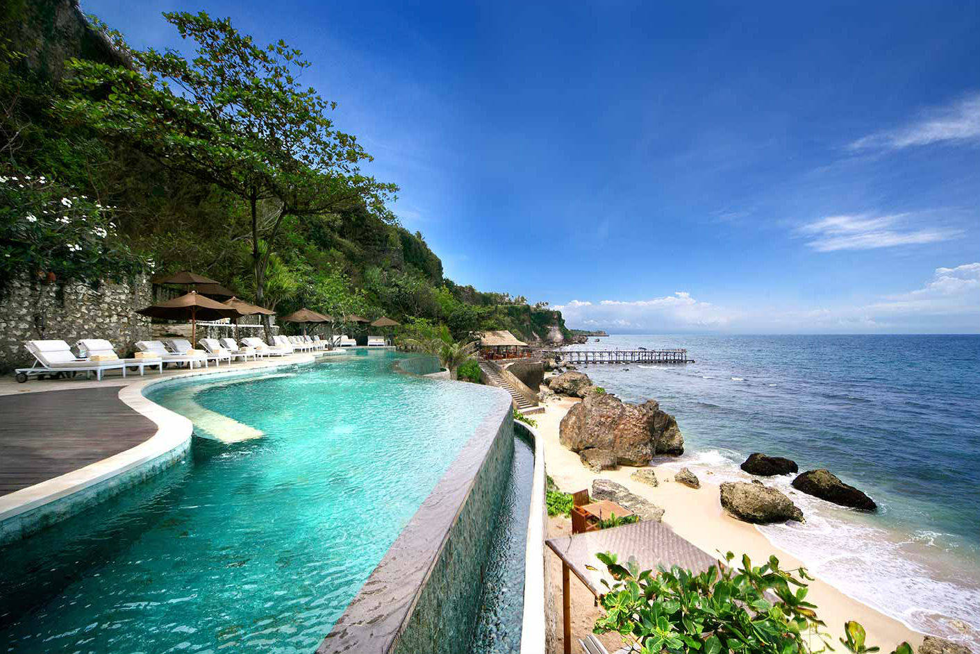 Bali resort champions digital detox, bans smartphones on pool side