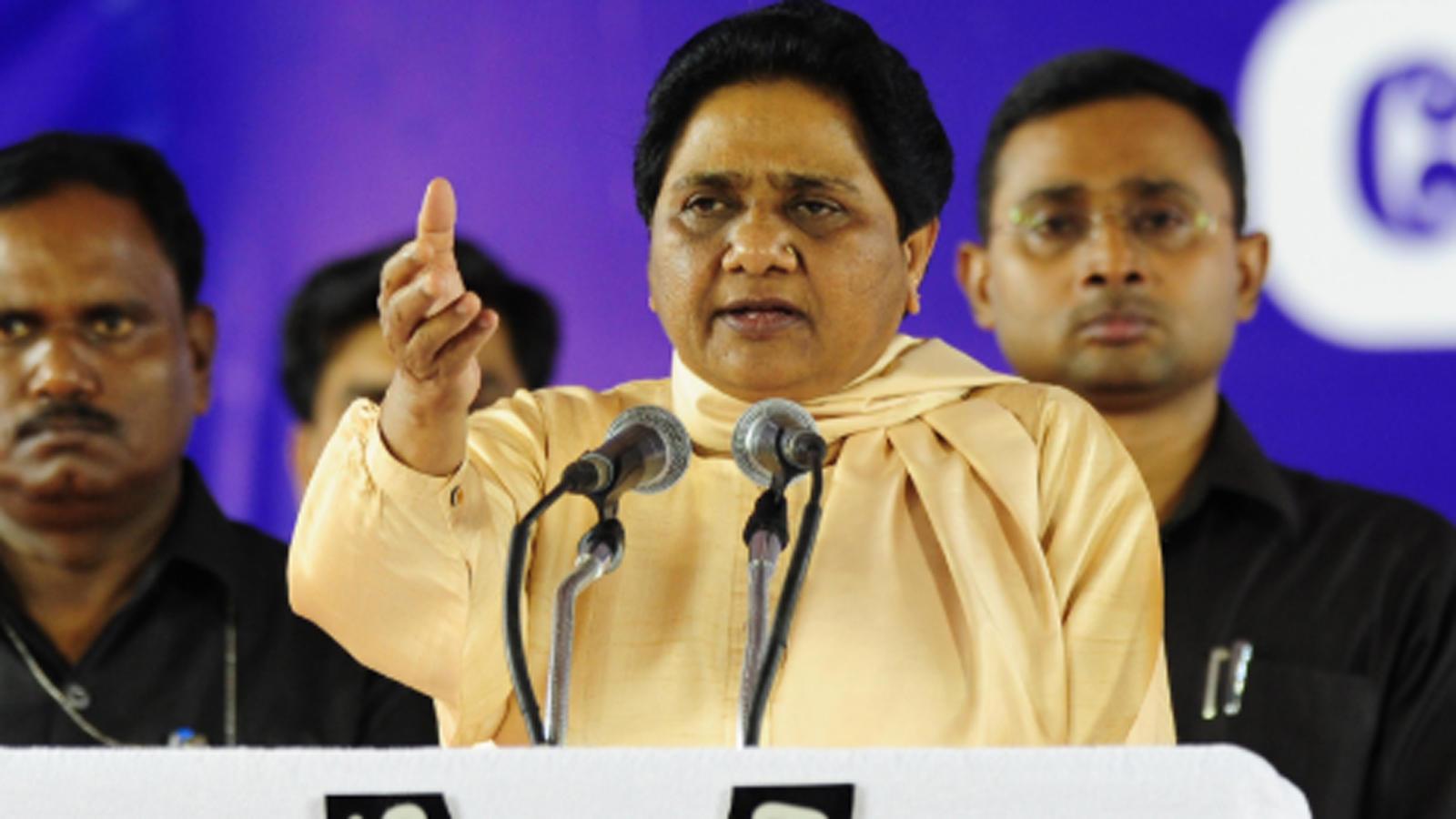 mayawati-takes-a-jibe-at-samajwadi-party-workers-during-poll-rally