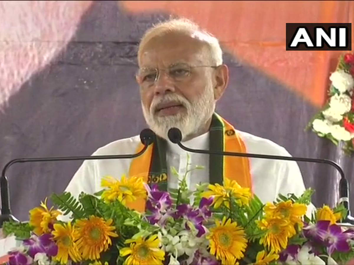 Lok Sabha elections 2019 live updates: PM Modi to hold roadshow in Varanasi today