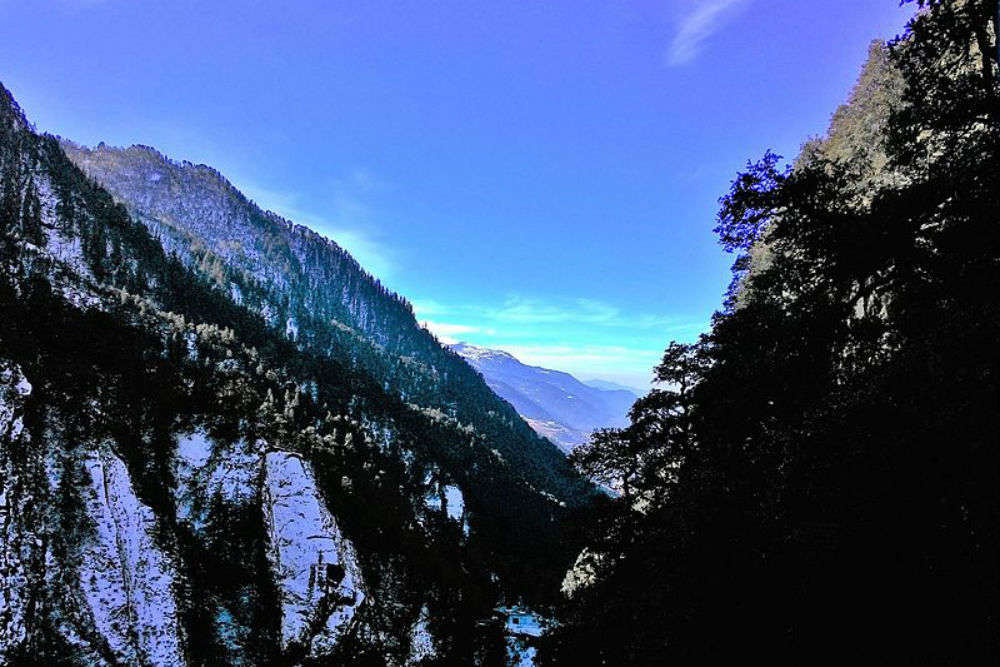 Visiting Yamuna Temple in Yamunotri–a trip to the magical Garhwal Himalayas