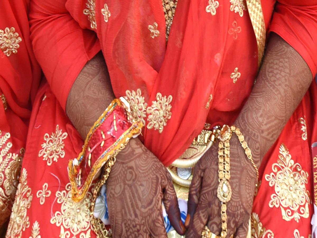 Uttar Pradesh: Bride refuses to marry drunk groom demanding dowry | Lucknow  News - Times of India