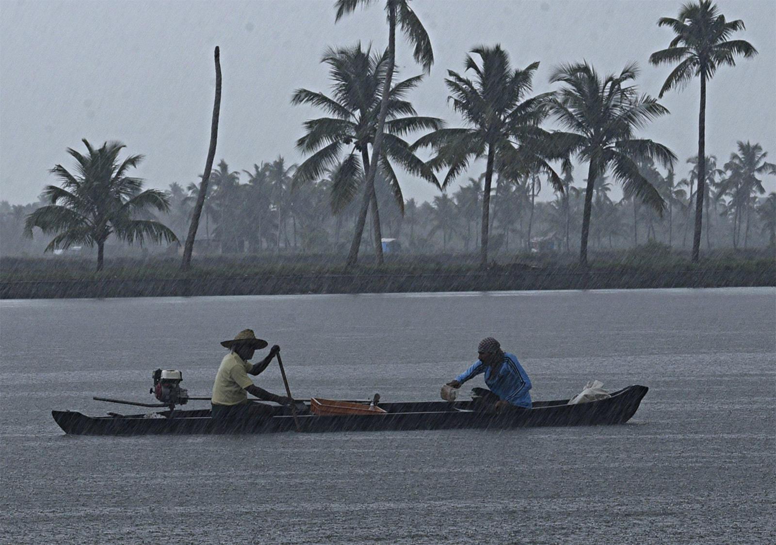Monsoon likely to hit Kerala on June 4, will be 'below normal': Skymet 1