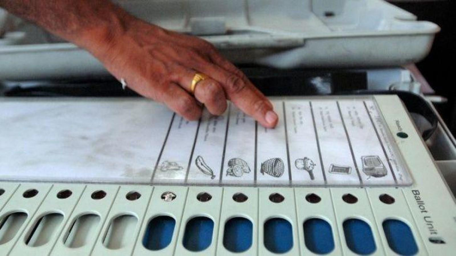 sc-dismisses-100-evm-vvpat-match-plea