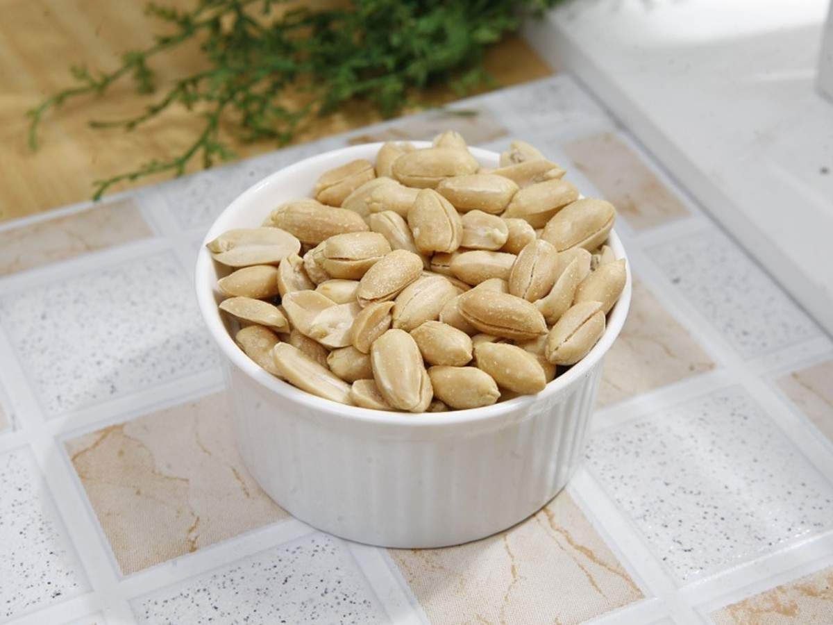 Are peanuts healthy for diabetic people?