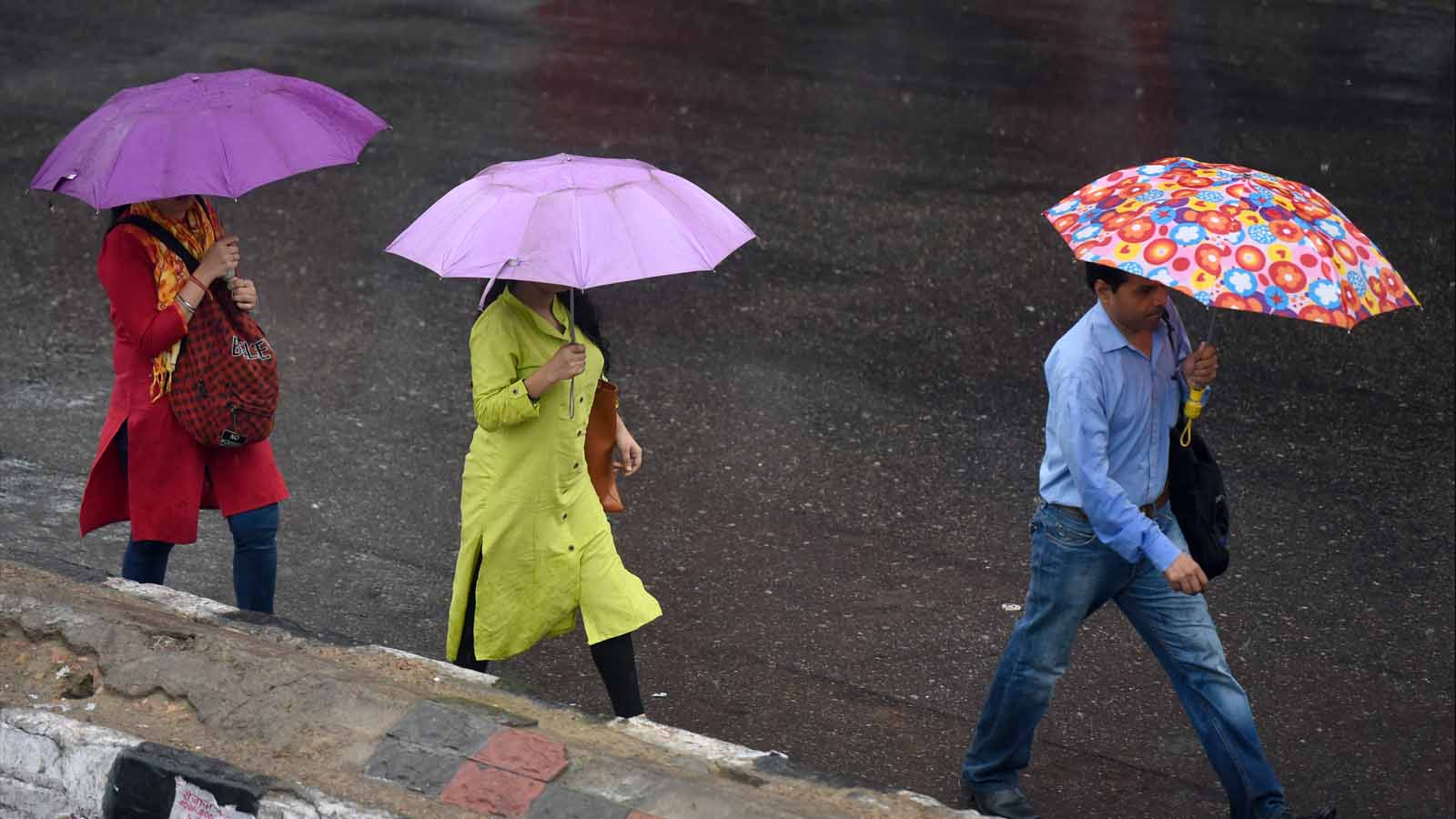 delhi-fresh-spell-of-rain-to-bring-relief-today