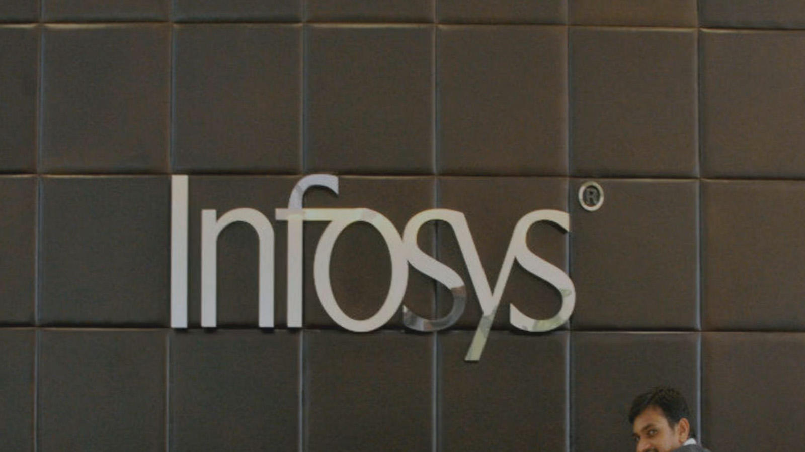 crorepati-executives-at-infosys-more-than-double