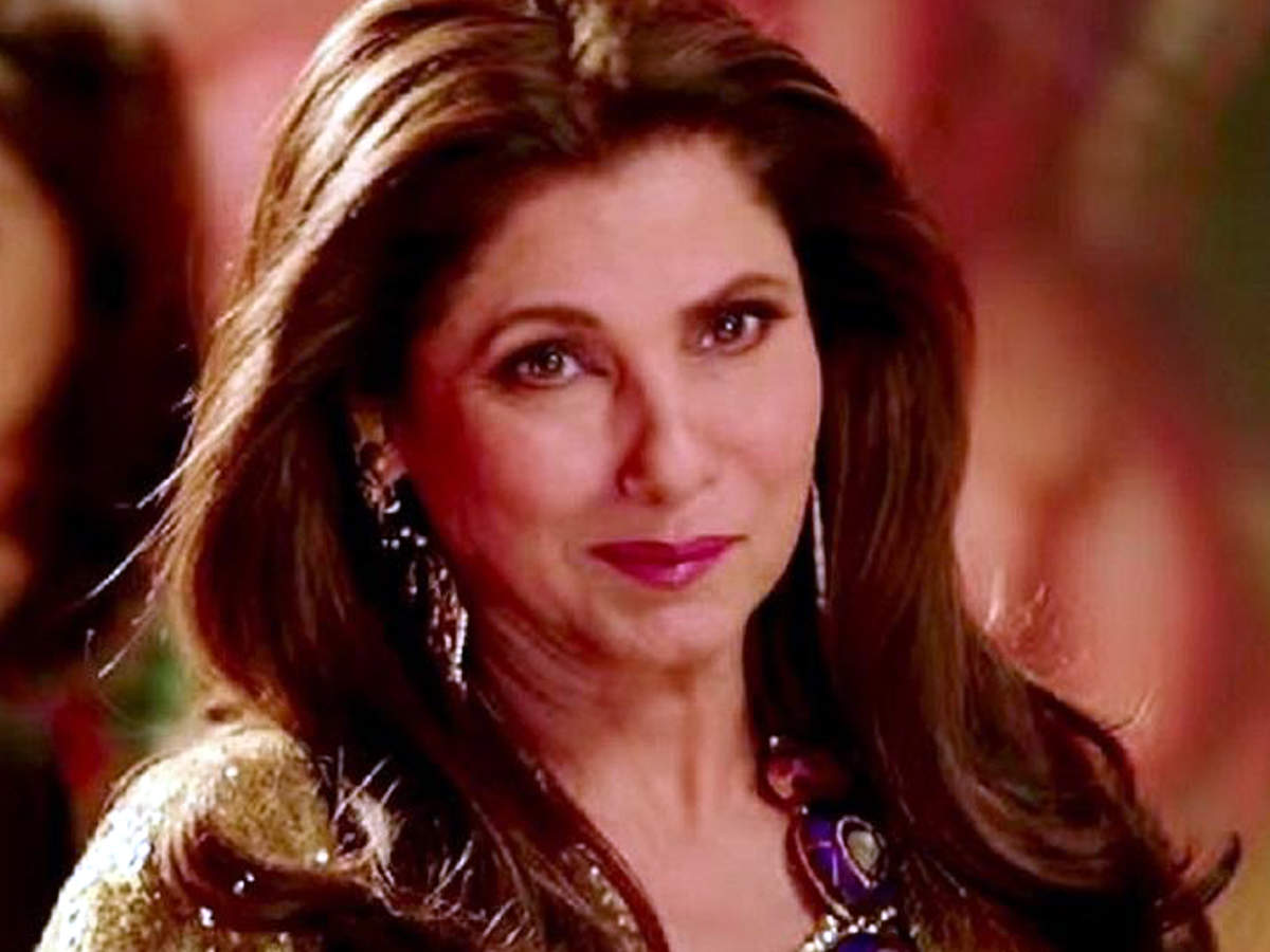 B-town celebs congratulate Dimple Kapadia on being roped in for
