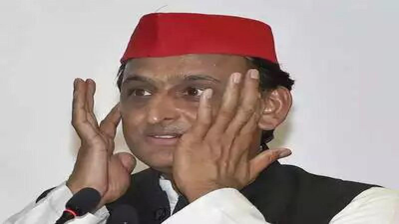 shocking-move-by-akhilesh-yadav-after-loss-spokespersons-face-axe