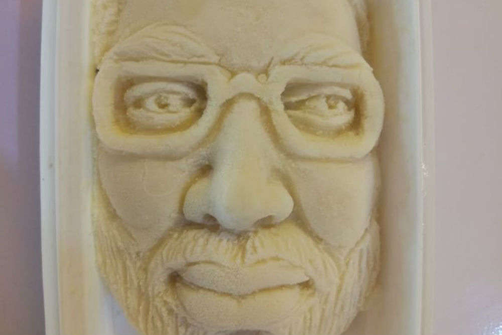 This ice-cream parlour in Surat is selling kulfi shaped into PM Modi's face!
