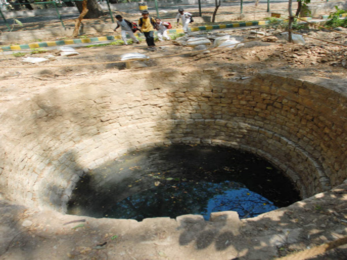 Don't close old open wells, borewells, says hydrogeologist | Chennai