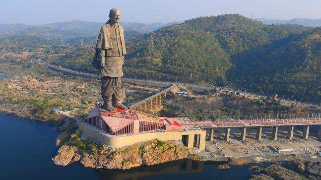 You might soon be able to take a flight to the Statue of Unity