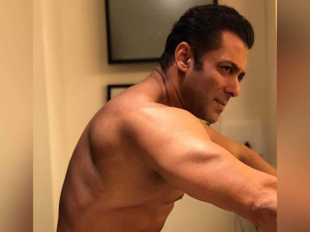 Salman Khan goes shirtless! Flaunts his chiselled body in his latest Instagram post - Times of India