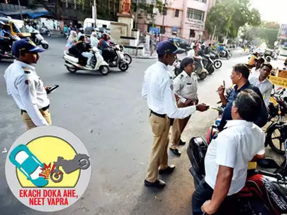 BJP MLAs draw CM into fight against helmets