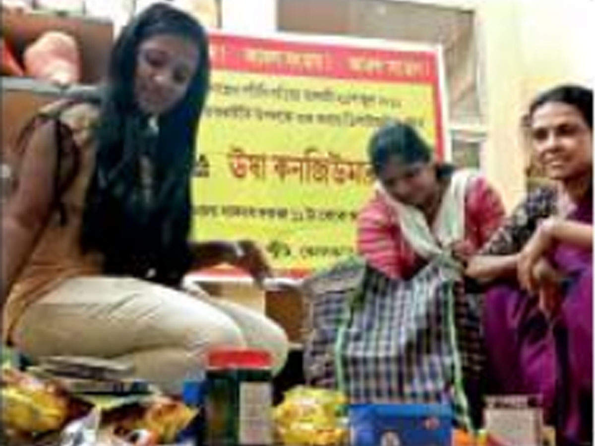 Sonagachhi sex workers to now sell grocery, meds | Kolkata News