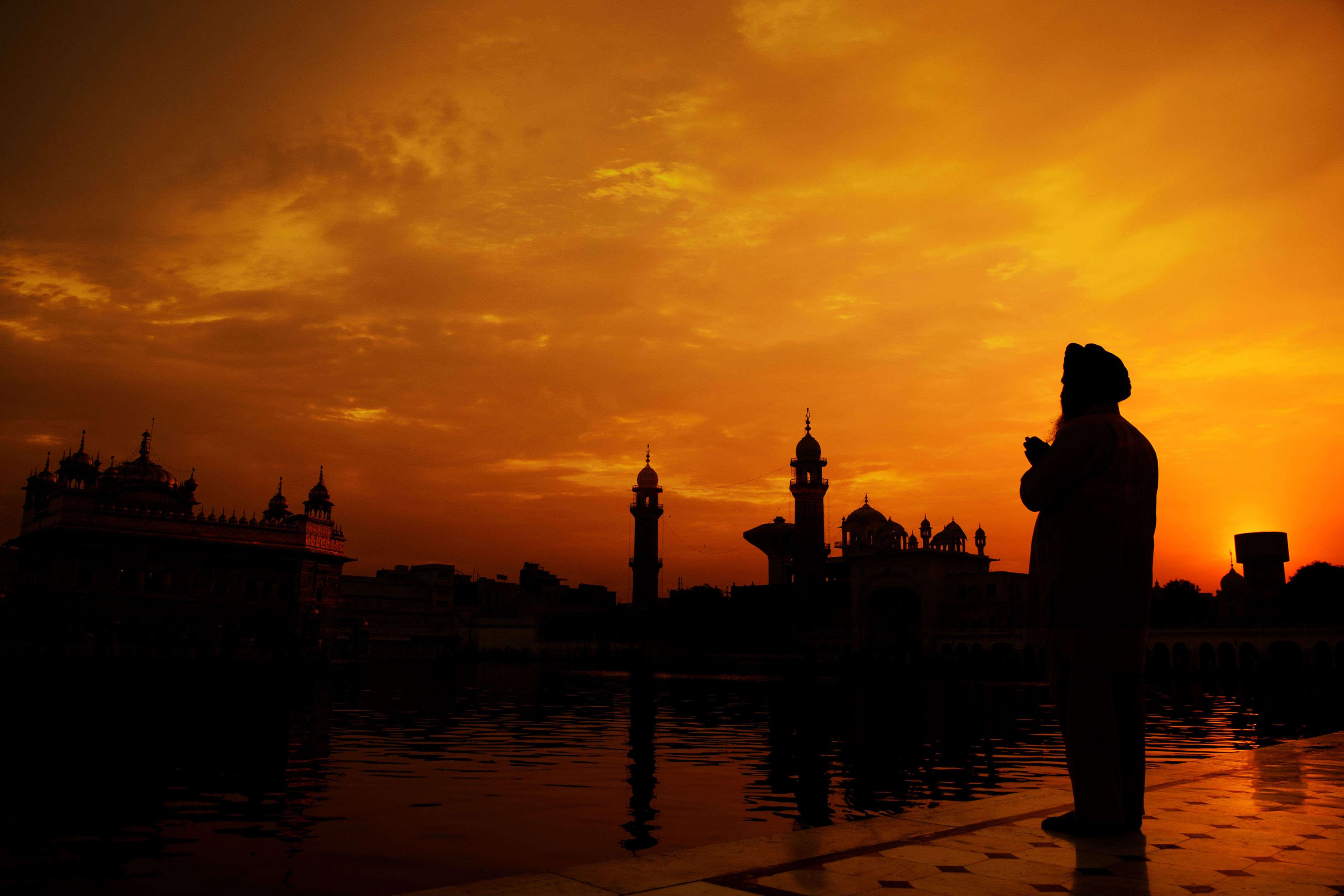 Pakistan High Commission grants 463 visas for Indian Sikh pilgrims