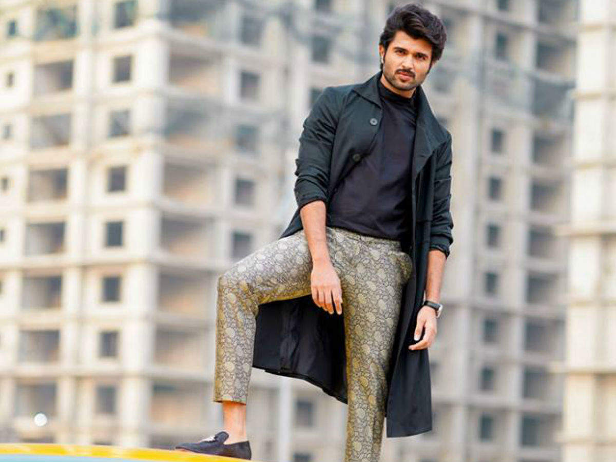 Koncham Touch Lo Unte Chepta Season 4 Premiere To Host Vijay Deverakonda Times Of India