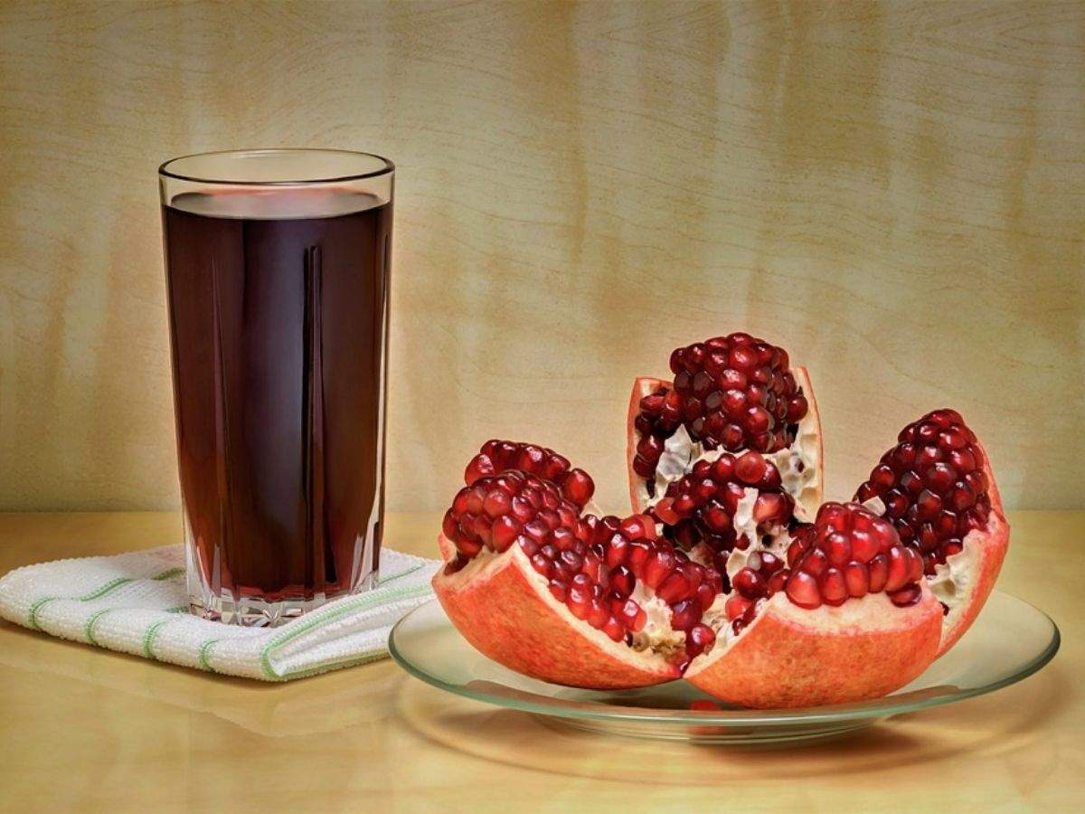 Have a glass of pomegranate juice every day to can keep UTI at bay - Times  of India