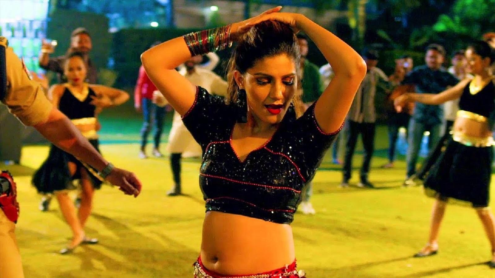 Watch: Sapna Choudhary's latest Haryanvi Song 'Thumka' sung by Annu Kadyan