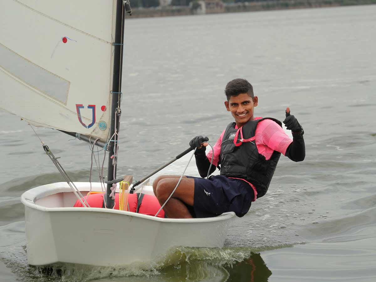National Monsoon Regatta: Vijay braves a poor start to surge to the
