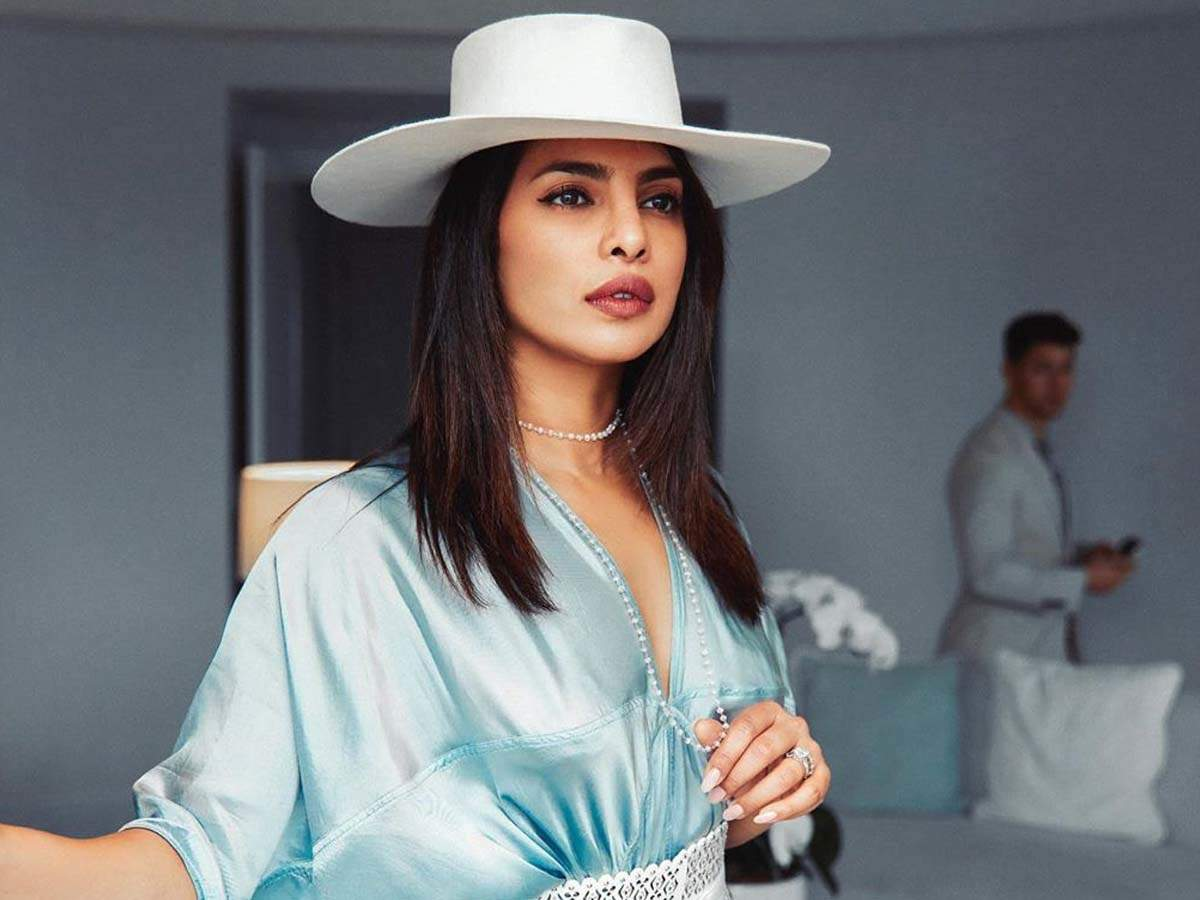 Priyanka Chopra charges this whopping amount for her Instagram ...