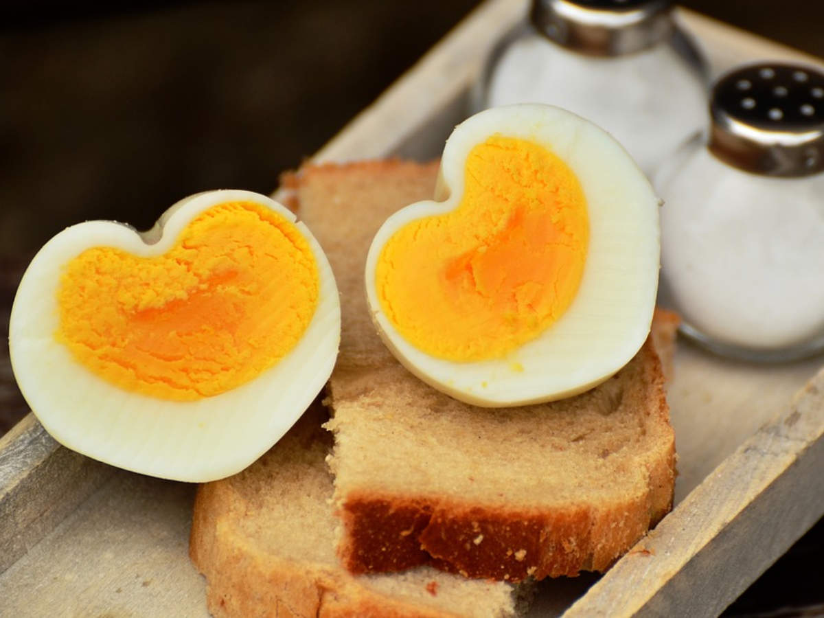 Busting the myth: Can diabetics eat eggs? - Times of India