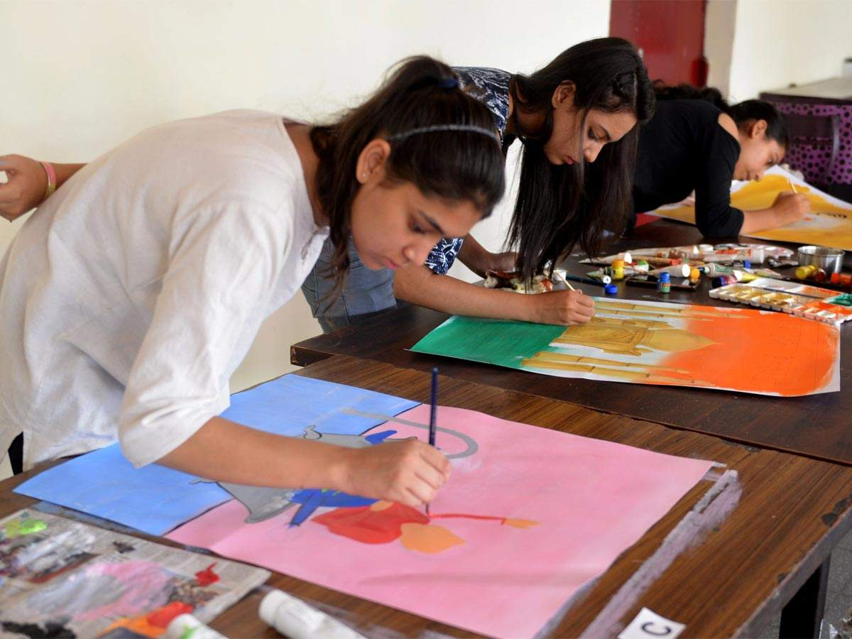 Poster Making Competition At D Y Patil College Times Of India