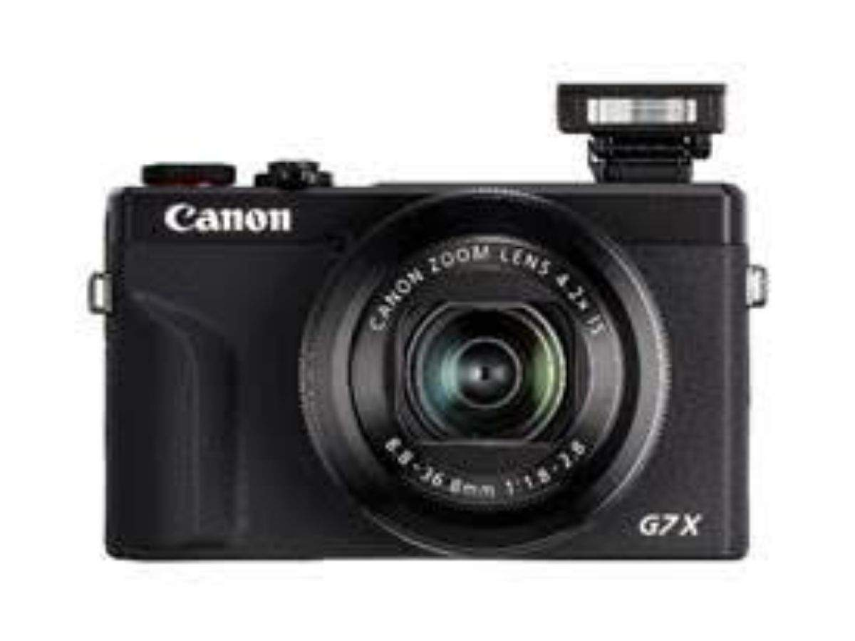Canon EOS 800D (EF-S 18-55mm f/4-f/5 6 IS STM Kit Lens) Digital SLR Camera