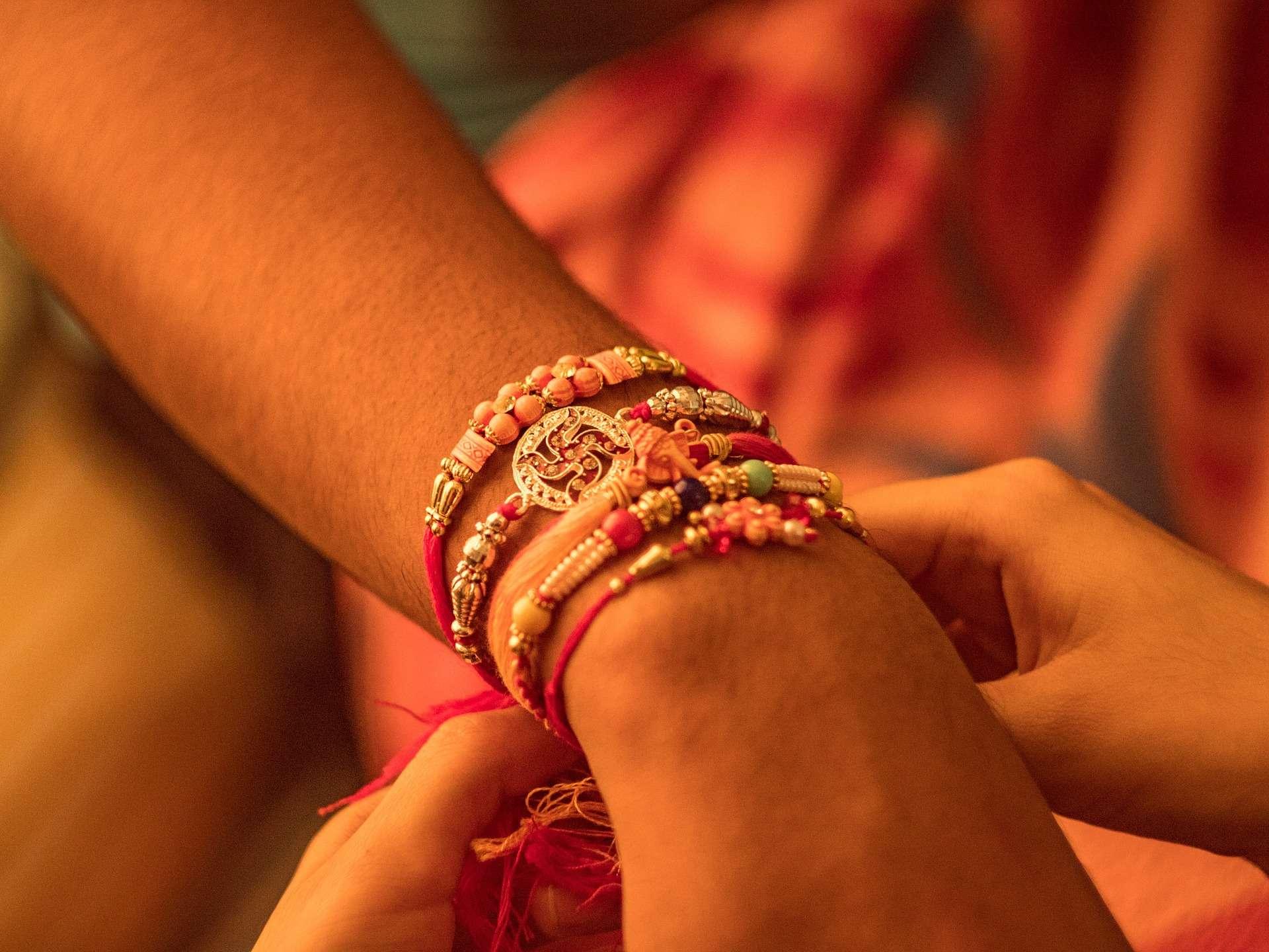 Raksha Bandhan 2019: Date, time and significance of Rakhi Festival ...