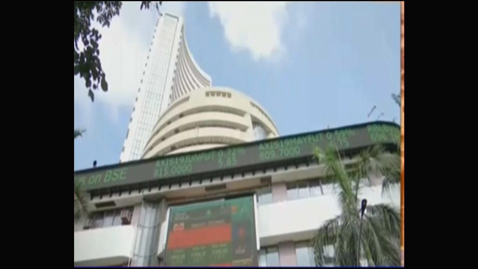 sensex-continues-to-trade-in-red-nifty-slumps-below-11000