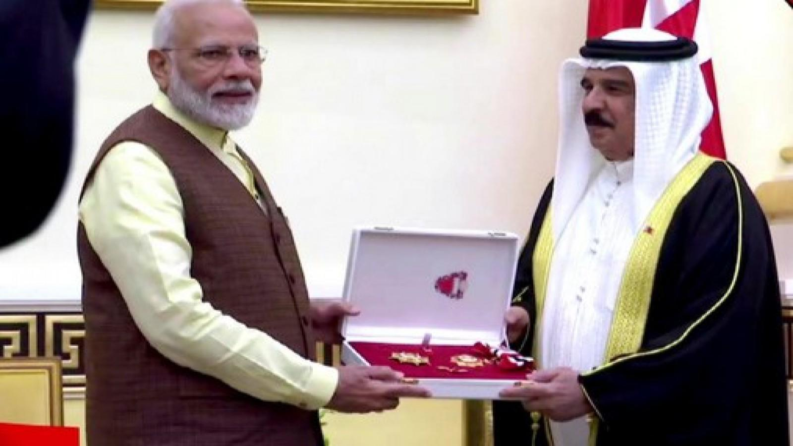 king-of-bahrain-confers-title-of-the-king-hamad-order-of-renaissance-on-pm-modi