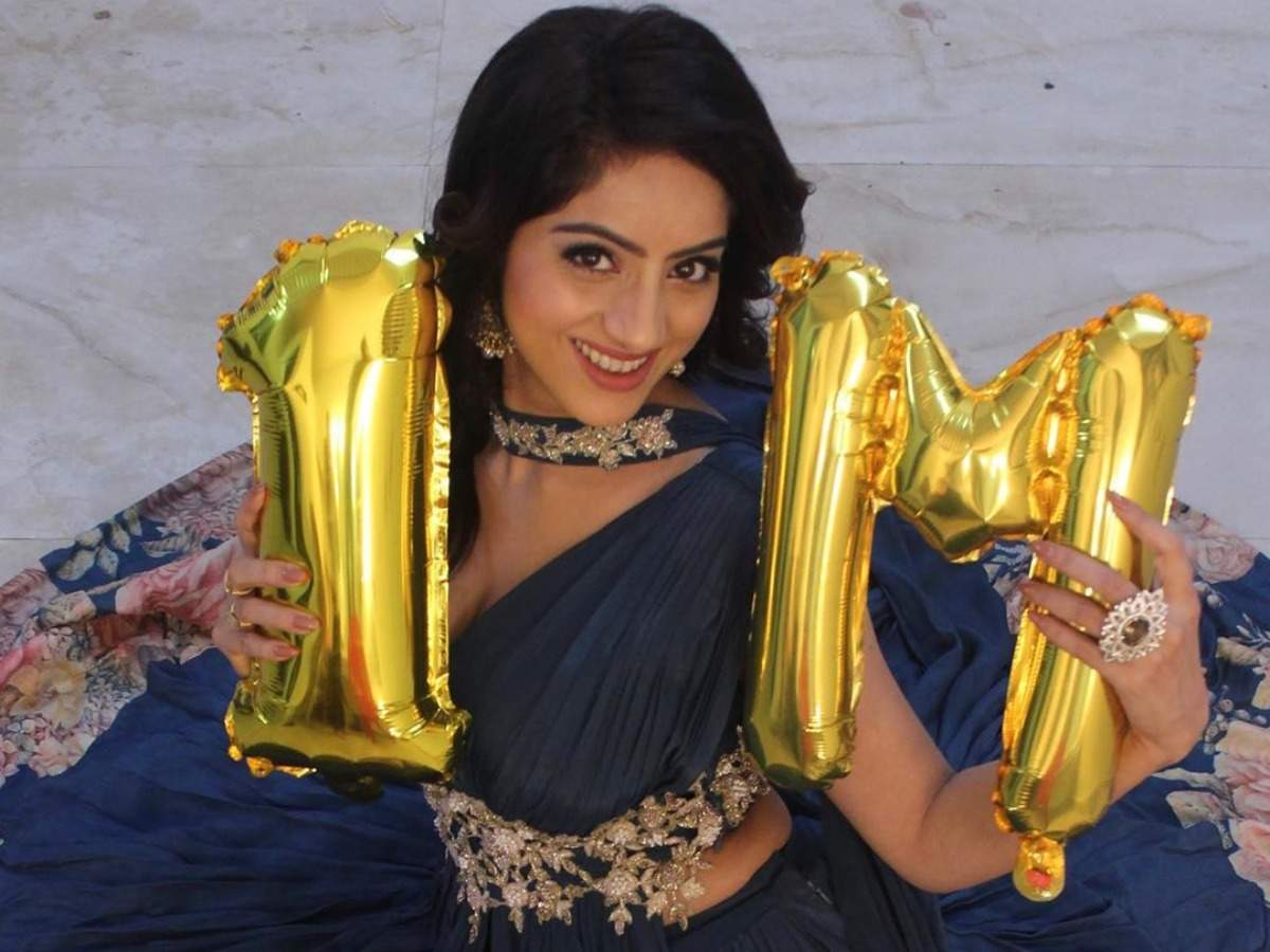 Kawach Mahashivratri's actress Deepika Singh crosses 1 million mark on  Instagram; thank fans for support - Times of India