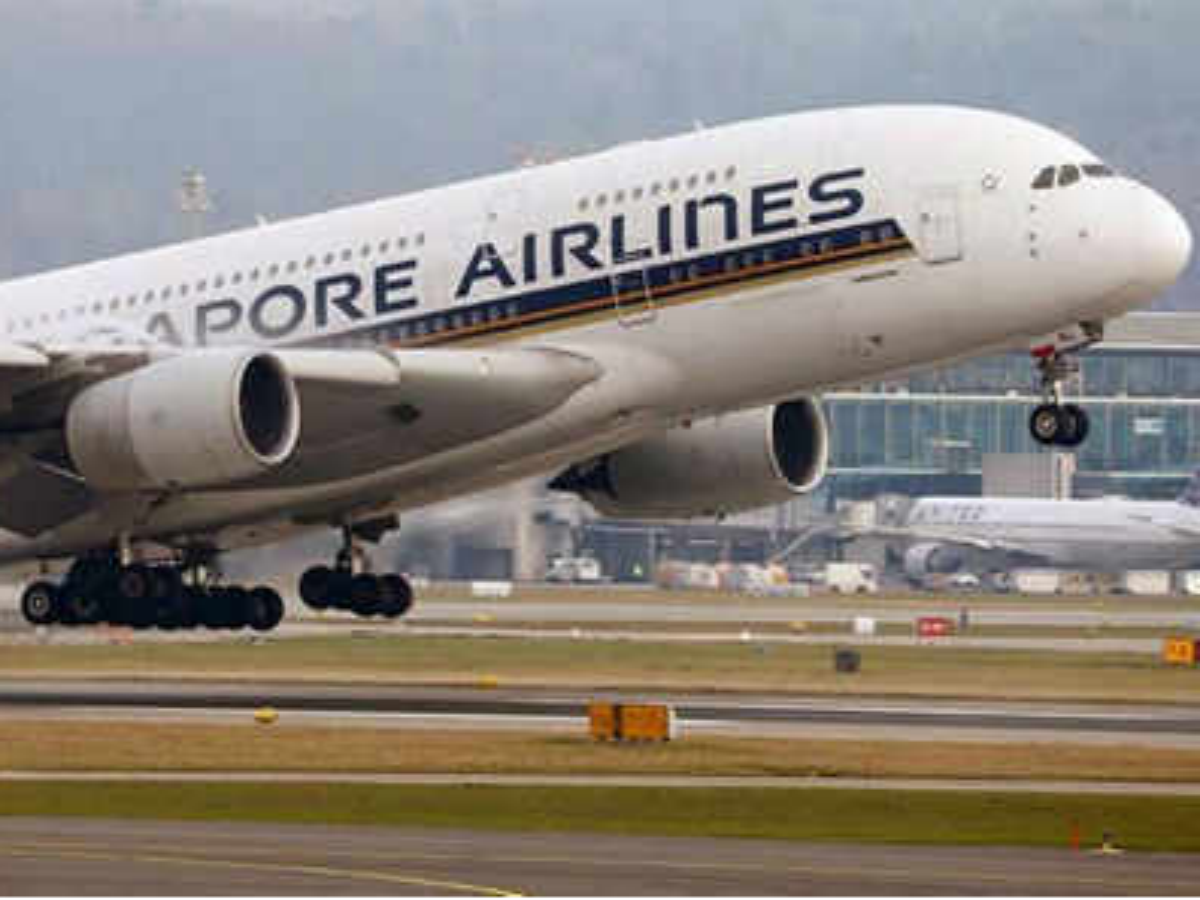 singapore airlines: Latest News, Videos and singapore ...