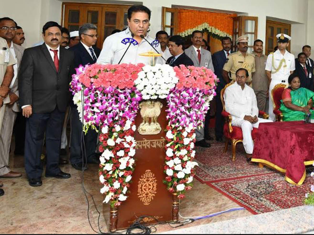 Six new ministers inducted into Telangana cabinet