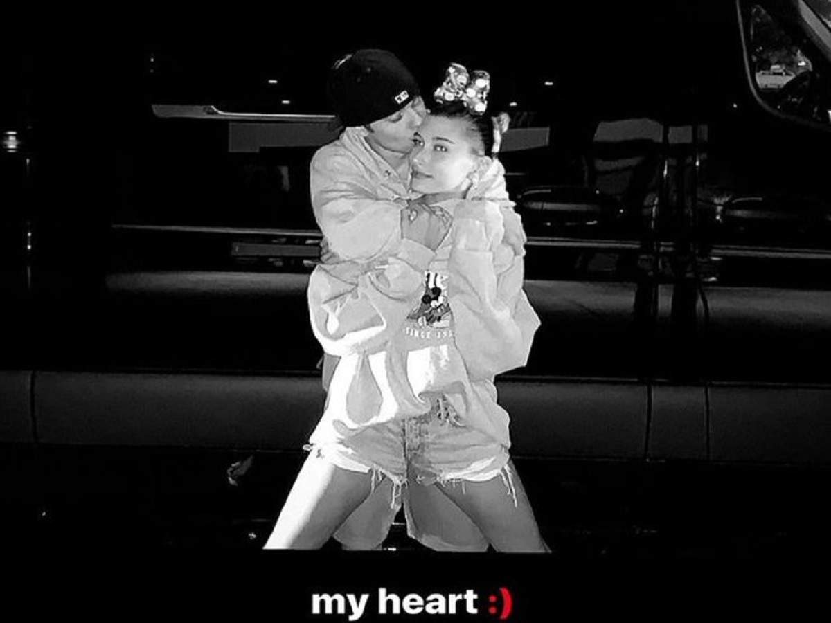 Hailey Baldwin and Justin Bieber celebrate their first anniversary by sharing adorable pictures - Times of India