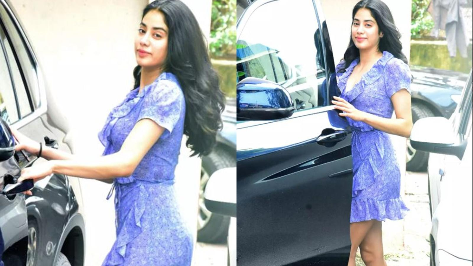 janhvi-kapoor-ditches-gym-wear-for-a-short-dress-gets-papped-outside-her-gym