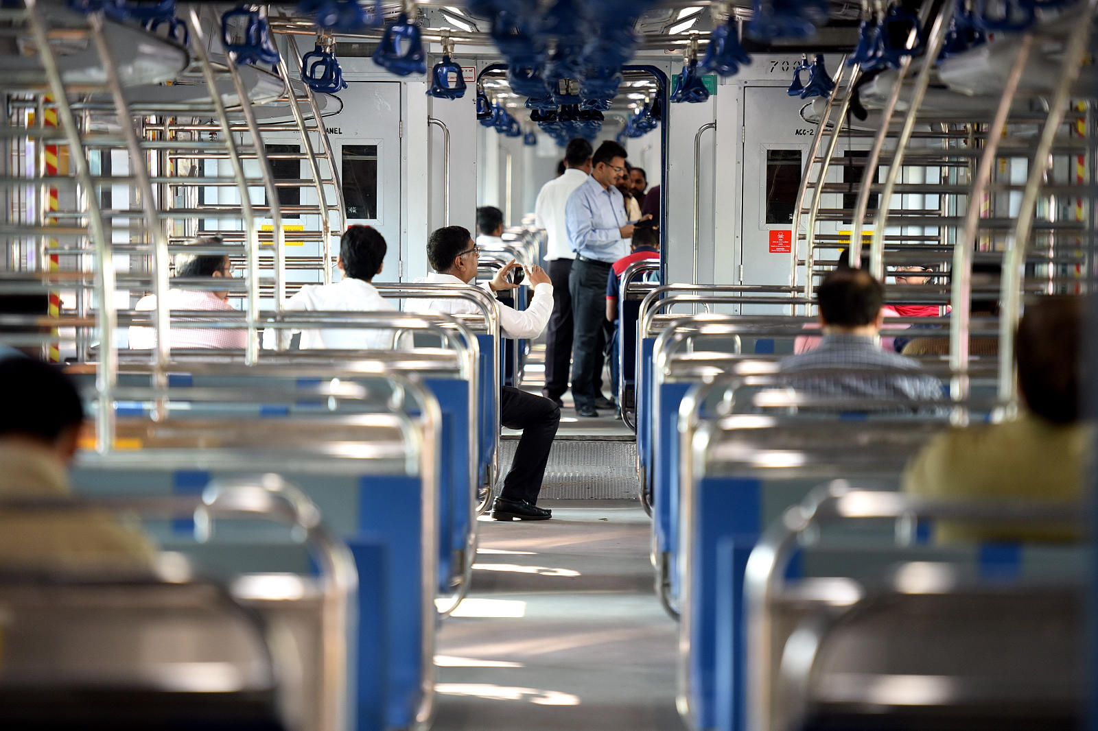 Watch: Western Railway will soon have AC and non-AC rakes in the same train