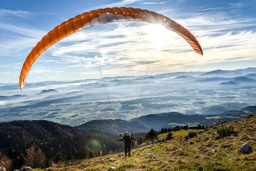 Paragliding and rafting resumes in Kullu