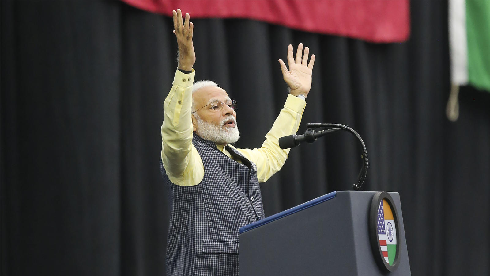 howdy-modi-india-is-aiming-high-and-achieving-higher-says-pm-modi