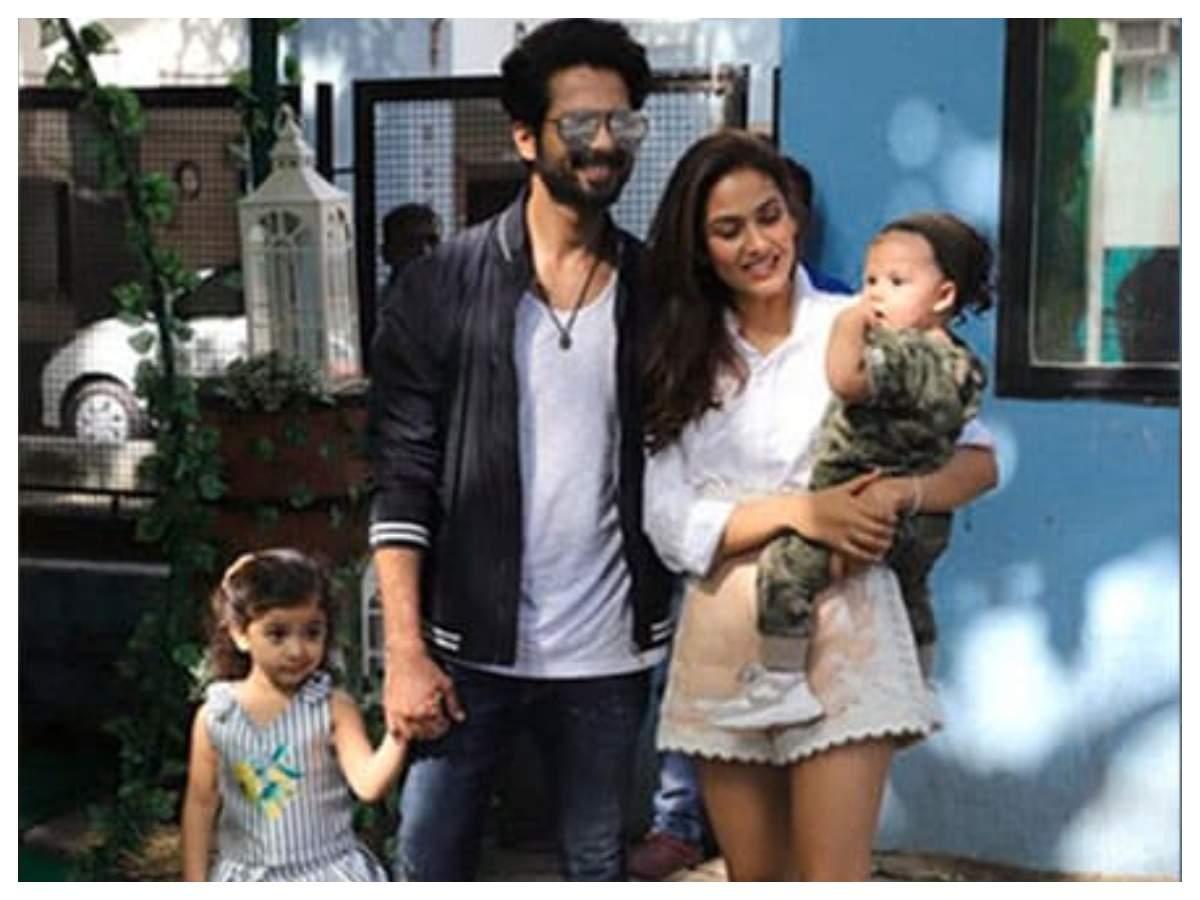 Фотографии: Шахид Капур доказывает, что он полный семьянин, когда он выходит со своими детьми — Миша и Заин | Хинди Новости Кино