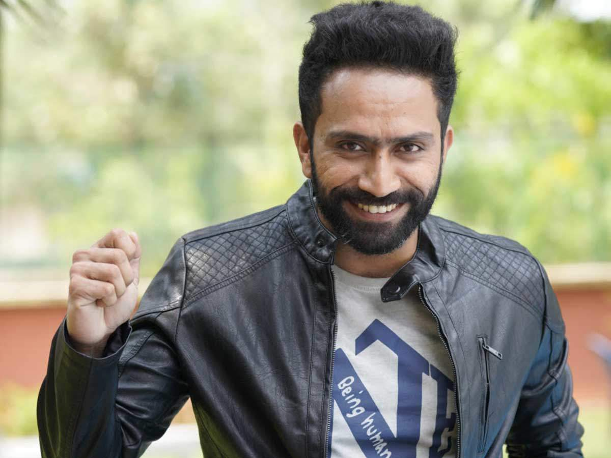 Shine Tom Chacko: I feel blessed I have all this work to take my mind off  problems | Malayalam Movie News - Times of India